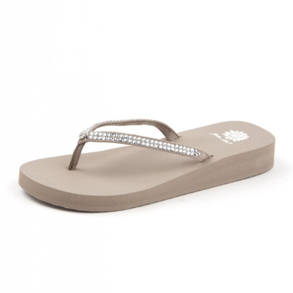 0c87fa0db8aef Yellow Box Jello Style Bling Flip Flops Taupe NEW
